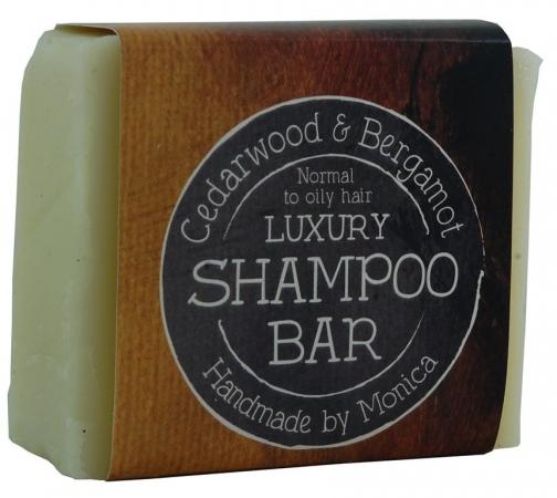 cedarwood and bergamot luxury shampoo.
