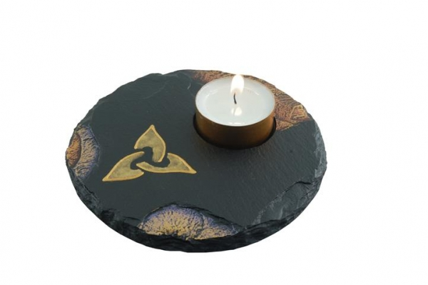 tealight holder with celtic triad