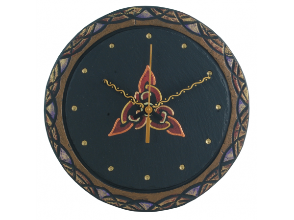 "Slate Round Clock 7½"" Celtic border with Celtic Triad"