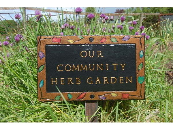 handmade-slate-garden-signs