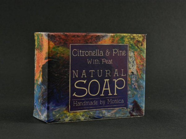 palm-free-natual-soap-citronella-and-pine-with-peat