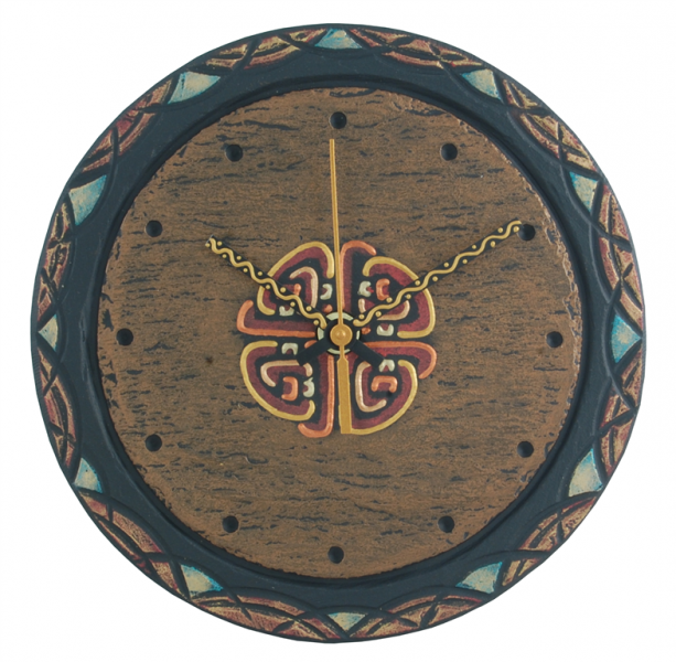 round slate clock with celtic knot