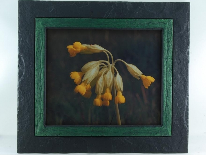 145-61.cowslip-in-slate-photo-frame.1200.0.0.0.t
