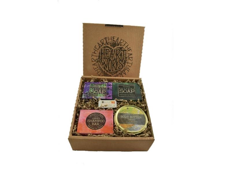 gift-set-natural-soap-shampoo-bar-body-butter-n-lip-balm-b