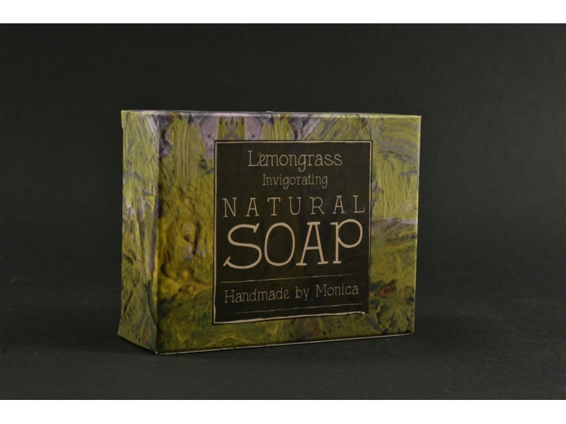 natural-handamde-soap-with-lemongrass