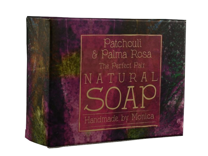 palm-free-natural-soap-patchouli-and-palma-rosa-3-1