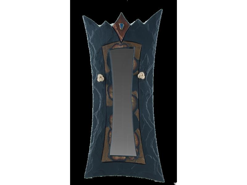 queen-mirror-coloured-2