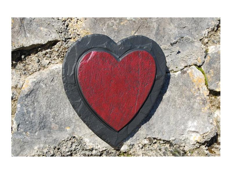 red-heart-on-slate