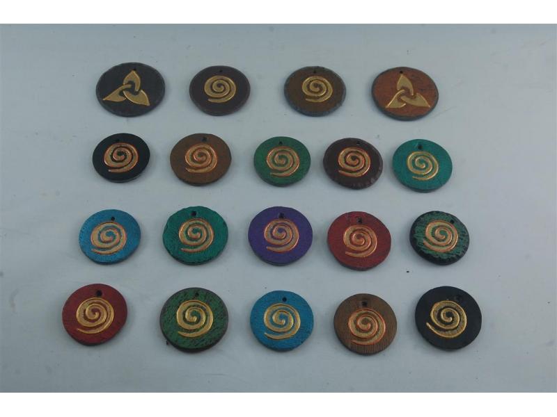 slate-pendants-by-heartworks-1