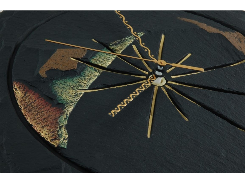slate-round-handcrafted-clock