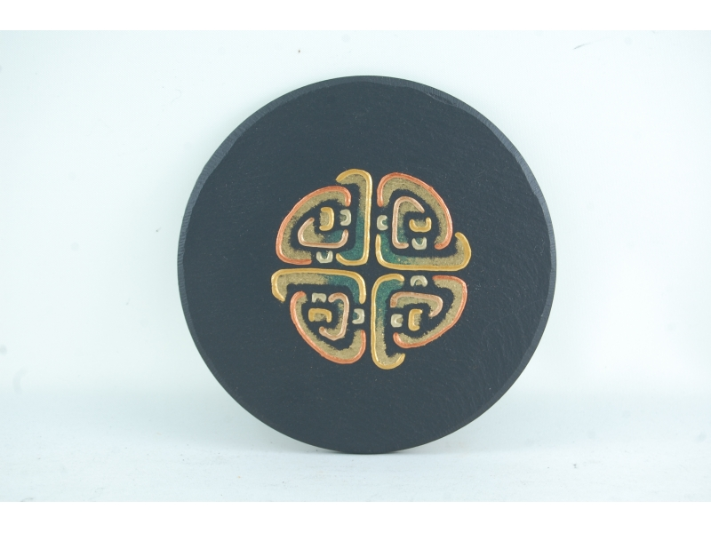 slate-wall-ornament-with-celtic-motif-1